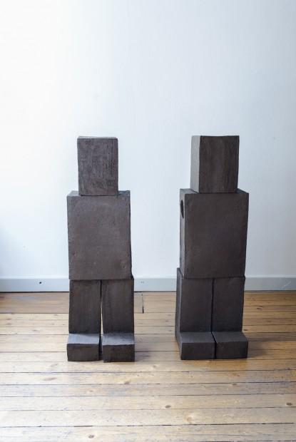 o.T. (Roboter), 2017, Höhe, ca. 1m, Keramik